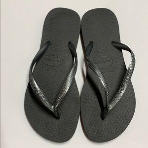 Havaianas slim flip flops 35-36 bluish grey